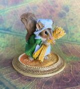 Wee Forest Folk The Meadow Muses Squirrel Peasant A La Gauguin Mu-6 Mint