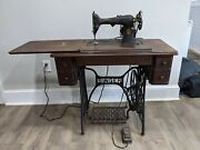Antique 1928 Singer Sewing Machine And Table