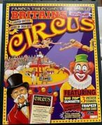 W. Britain 8665 Circus Set + Crowd And Trapeze Lead Circus Figures Set