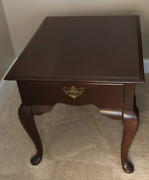Broyhill End Table Cherry Wood Queen Anne Style Legs