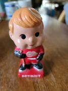 Vintage 1960and039s Detroit Red Wings Bobblehead Excellen Condition Original Box