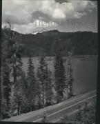 1954 Press Photo Lost Lake On The United States Highway 20 Near Santiam Pass