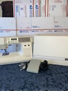 New Home Memory Craft 7000 Computerized Sewing Machine