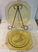 Vintage 2 Madrid Federal Amber Yellow Depression Glass 9 Dinner Or Lunch Plates