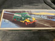 1985 Hess Truck The First Hess Truck Bank W/ Working Lights New In Original Box