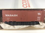 Accurail 5th Ave Shops 40and039 Single Door Steel Boxcar Wabash 7104 - Unbuilt Kit