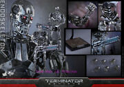 Hot Toys - Mms352 - Terminator Genisys:- 1/6th Scale Endoskeleton Action Figure