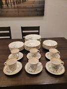 Mikasa Blue Daisies 36 Piece Set Service For Six Dinner/salad Plates Bowls Cups