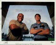 1994 Press Photo Heroes Marion Gale And Houston Police Sgt. Mike Walsh Honored
