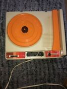 Vintage Fisher Price Child's Portable Record Player Phonograph Turntable Toy 825