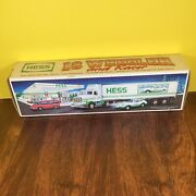 Hess 1992 Toy Truck 18 Wheeler And Racer New In Box Good Condition