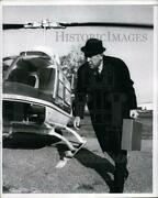 1969 Press Photo Nj Governor Candidate Robert Meyner Exits A Helicopter