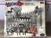 Papo Micki Chateau Fort Knightand039s Castle Play Set 10.2005 W/ 2 Figures