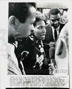 1968 Press Photo Democratic Convention Delegate Members Being Interviewed In Il