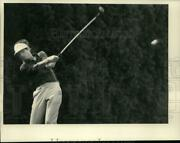 1986 Press Photo Bill Frutchy Tees Off At Wolferts Roost In Albany New York