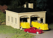 Bachmann 45610 O Plasticville Fire House Classic Building Kit With Fire Trucks