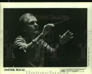 1986 Press Photo Conductor Zdenek Macal Of New Orleans Symphony At Orpheum