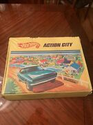 Vintage 1968 Hot Wheels Action City Play Set Carrying Case Mattel Usa With Cars.