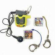 Hit Clip Micro Music Player W/ Britney Spears Faith Hill Clips Tiger Electronics