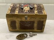 Die Cast Toy Pirate And Skull And Bones Metal Treasure Chest Coin Bank W/ Lock Key