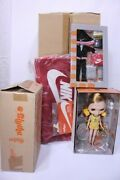 Y210627-013 Neo Blythe/courtney Des By Nike With Bag 2219100477052 7-526