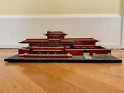 Lego Architecture Robie House 21010, Complete, Assembled