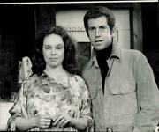 1976 Press Photo Broadway Actors Tony Roberts And Sandy Dennis In New York