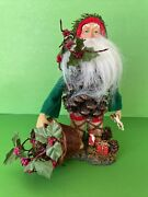 Dept 56 Old World Pine Cone Santa Holding Basket Toys And Holly