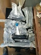 Replacement Repm281537 Upper Control Arm Kit Front Driver And Passenger Nos New