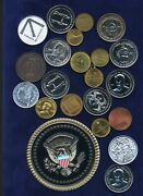 Tokens // Medals // Exonumia, Group Lot Of 22, Ronald Reagan, George Bush,...