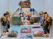Bratz Lot 14 Large Dolls 2 Small And Lots Of Accessories And Clothes