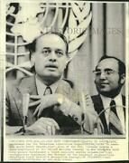 1974 Press Photo Chafiq Al Houst And Nabil Shaath At News Conference In New York