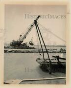 1964 Press Photo Texas City Dike Work Performed By Barge And Crain. - Hpa26872