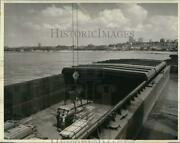 1958 Press Photo A Dravo Barge Delivers Pittsburgh Steel In Kansas City