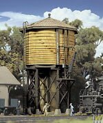 Walthers 933-2813 Ho Yellow Ochre Wood Water Tank - Assembled