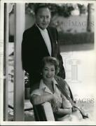 1959 Press Photo Comedian Jack Benny And Wife, Mary Livingstone. - Pip18291