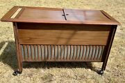 Vintage Mid Century Modern Rca Victor Stereo Console Cabinet Radio Phonograph
