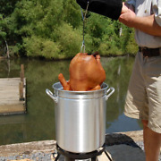 Bayou Classic Turkey Fryer Kit 30 Qt Stock Pot Poultry Rack Thermometer Injector