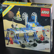 Lego Legoland Classic Space Space Supply Station 6930 In 1983 New Retired