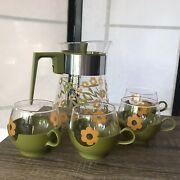 Vintage Pyrex Andldquoroly Polyandrdquo Set Of 4 Mugs And Pitcher Yellow Daisy And Avocado Green