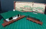 O Gauge Bachmann Plasticville Train Station Lot + Boxes - Pre-owned 1950s