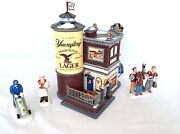Dept 56 55626 Yuengling Lager Beer Bar Tavern And Accessories 56.805025 56.799973