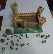 Vintage Louis Marx Miniature Playset Knights And Castle Toys 1960and039s Hong Kong