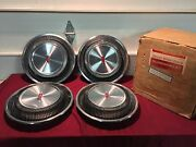 Nos 69-71 Oldsmobile 14 Deluxe Hubcaps / Wheelcovers Gm 983193 Cutlass