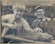 1974 Wire Photo 21 Inch Four Pound German Brown Trout Rock River Mayville Wi