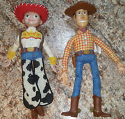 Toy Story Talking Action Figures Sherriff Woody And Jessie Thinkway Toys Battery