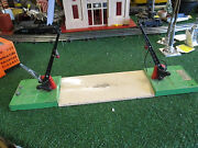 Lionel Pre War 47 Double Crossing Gate Vg Cond Works Needs Slight Tlc 1939-42