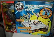 9858 Nrf Jakks Pacific Wf Hardcore Action Ring W/ Mick Foley And Referee Figures