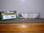 Bowser 40757 Norfolk And West.gray Hc-1 3-bay Covered Hopper 70218 Weath. 1/87