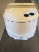 1995 Wellcraft Excel 21sx Sterndrive Engine Motor Cover White Blue Tan
